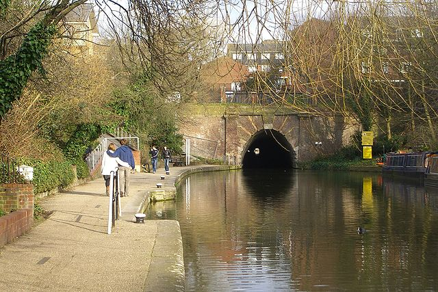 You are browsing images from the article: Regent's Canal - droga wodna prowadząca do Tamizy