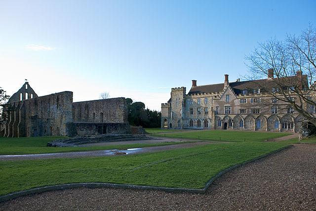 You are browsing images from the article: Battle Abbey - kościół powstały w miejscu historycznej bitwy