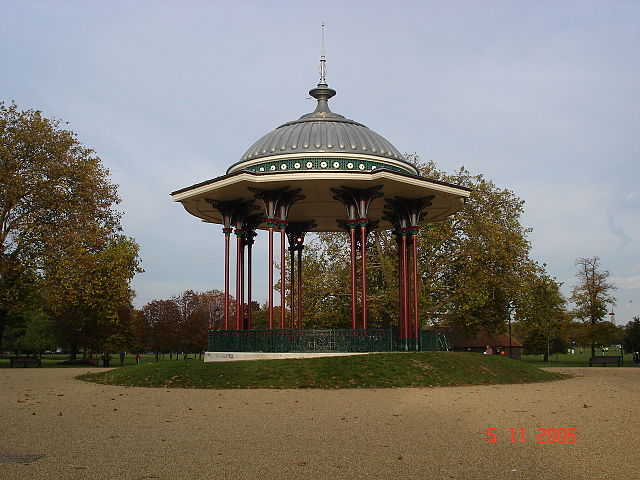 You are browsing images from the article: Clapham Common - park w granicach dwóch londyńskich dzielnic