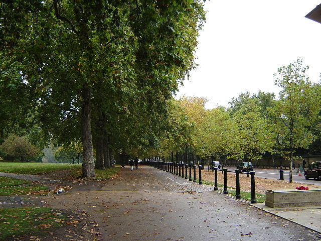 You are browsing images from the article: Green Park w Londynie - tereny zielone w pobliżu Pałacu Buckingham
