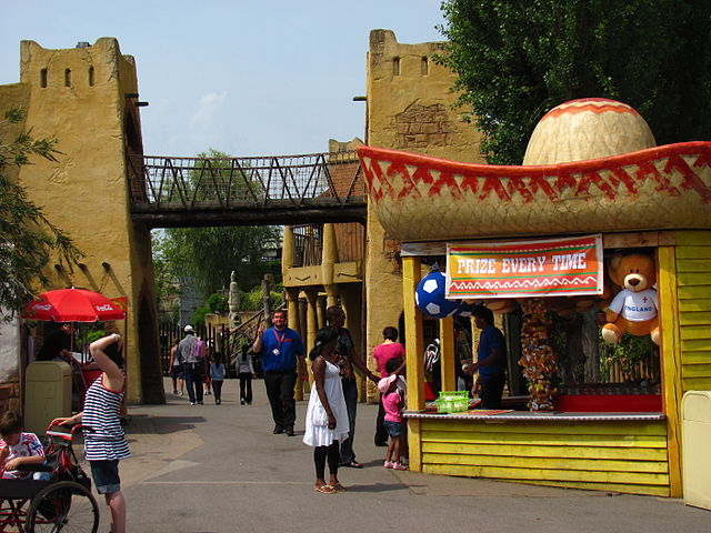 You are browsing images from the article: Chessington World of Adventures Resort - park rozrywki i ogród zoologiczny w jednym