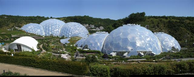 You are browsing images from the article: The Eden Project - ogród botaniczny w Kornwalii