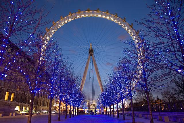 You are browsing images from the article: London Eye - jeden z londyńskich znaków rozpoznawczych