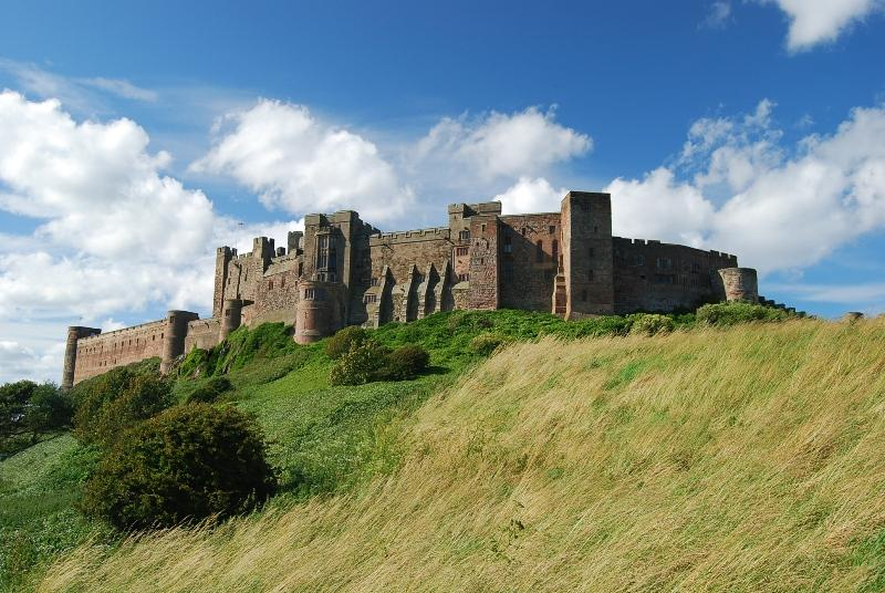 You are browsing images from the article: Zamek Bamburgh Castle - od drewnianej palisady do kamiennej fortecy...