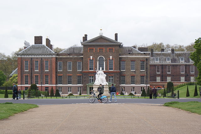 You are browsing images from the article: Kensington Palace w Londynie - królewska rezydencja z XVII wieku