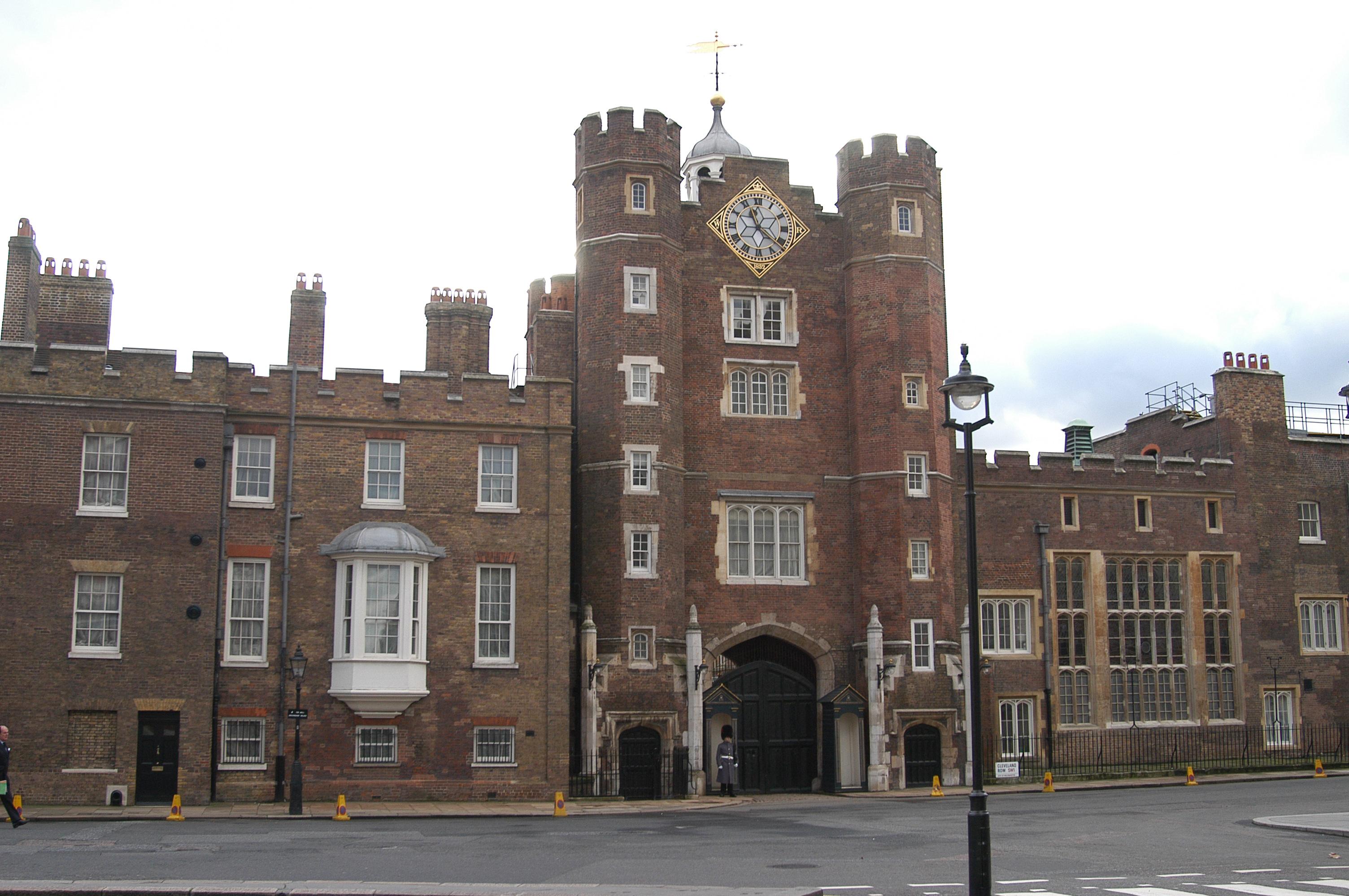 You are browsing images from the article: St James's Palace w Londynie - główny pałac królewski w Wielkiej Brytanii