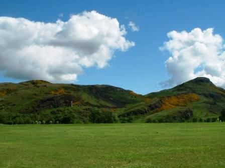 You are browsing images from the article: Holyrood Park - królewski park w centrum Edynburga