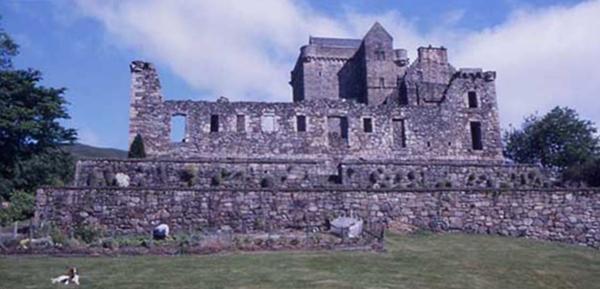 You are browsing images from the article: Castle Campbell - jeden z najpiękniej położonych zamków w całej Szkocji