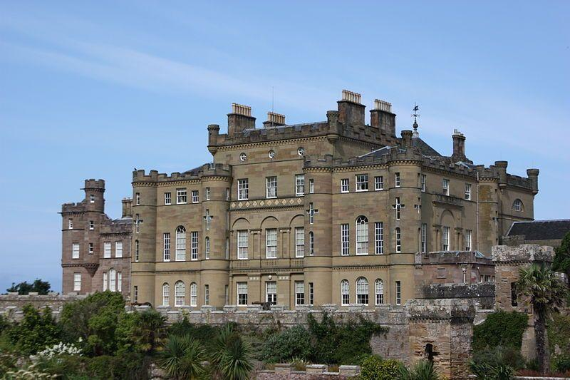 You are browsing images from the article: Culzean Castle - wytworny zamek na klifowym brzegu