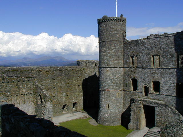 You are browsing images from the article: Harlech Castle - walijska fortyfikacja obronna z XIII wieku