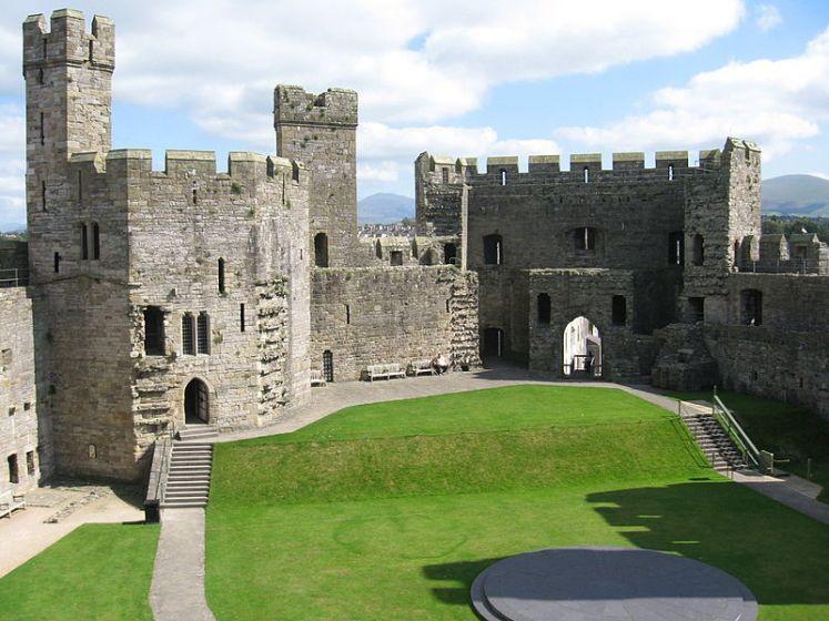 You are browsing images from the article: Zamek w Caernarfon - największa średniowieczna forteca w Walii