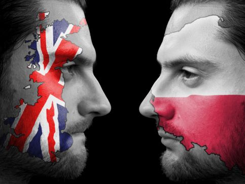 Obowiązkowa nauka języka w UK - wielkie OBURZENIE! Polski kontra angielski!