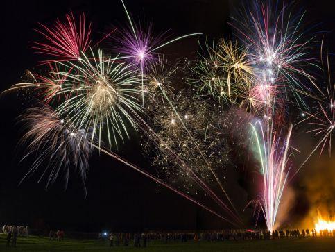 Bonfire Night - noc wypełniona fajerwerkami