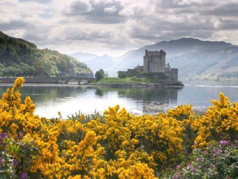 Zamki, pałace i twierdze w Szkocji