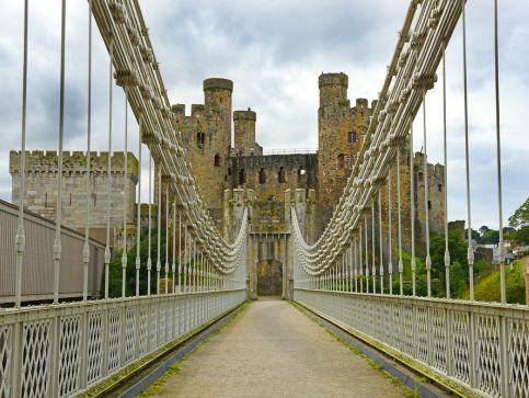 Zamki, pałace i twierdze w Walii